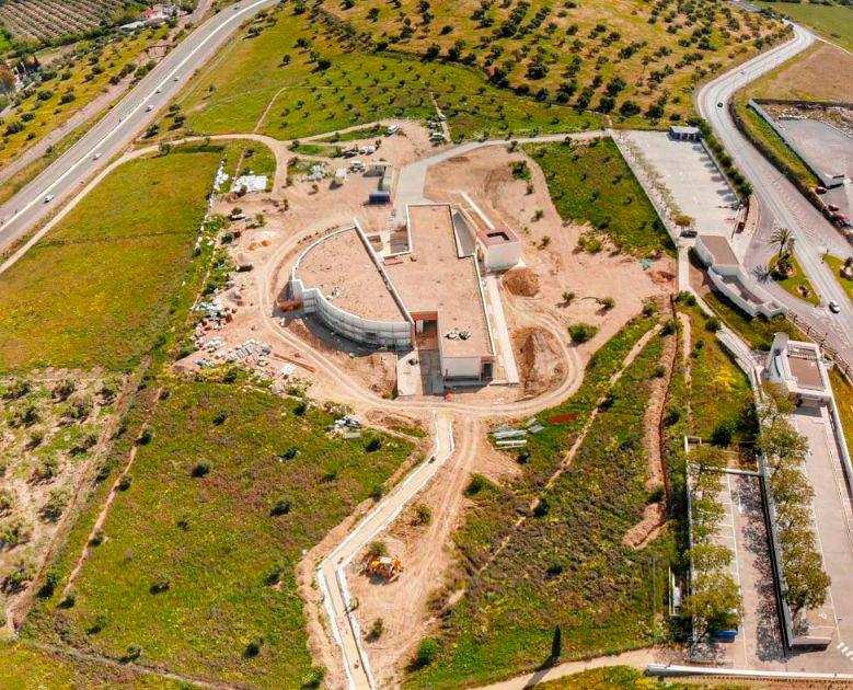 Diaz Cubero sigue trabajando en el Museo de los Dólmenes de Antequera
